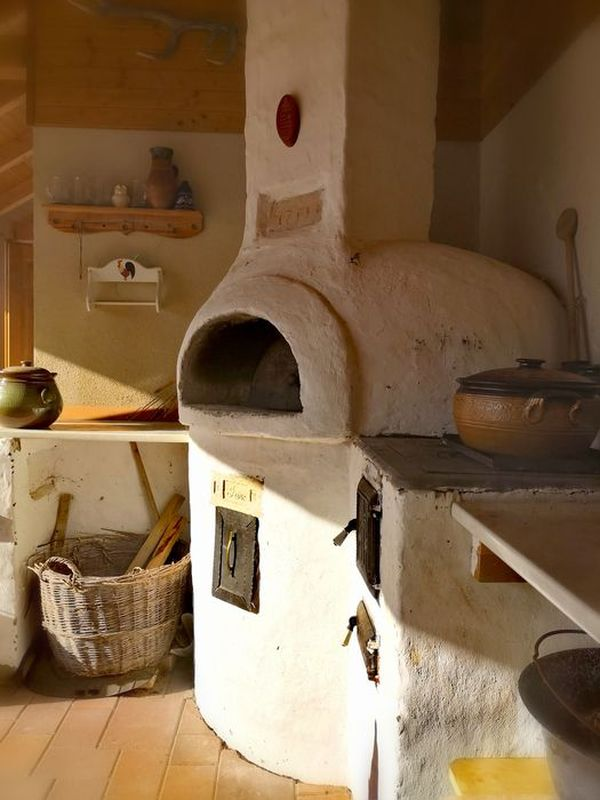 Oven with stove for indoors